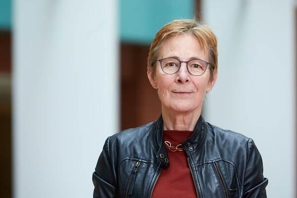 dr. J.A.A.M. (Ronnie) van Diemen-Steenvoorde
