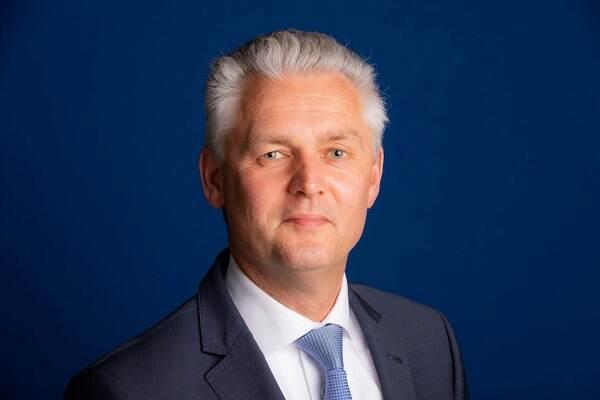 drs. N.S.T. (Niels) Obbink