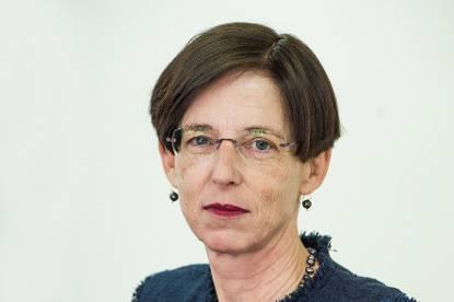 drs. L.B.J. (Laura) van Geest